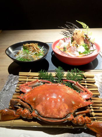 Crab served at Kanigoten.