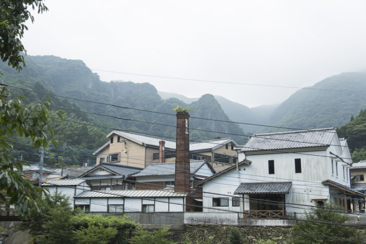 Chimney kilns like this can be seen peeking out from neighborhoods throughout all of Arita.